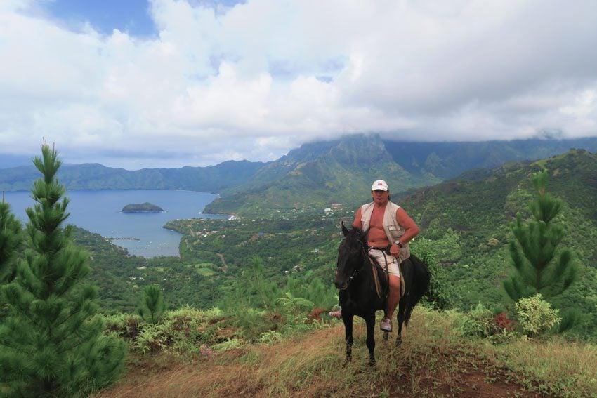 Paco horse expert guide - Hiva Oa Marquesas Islands French Polynesia
