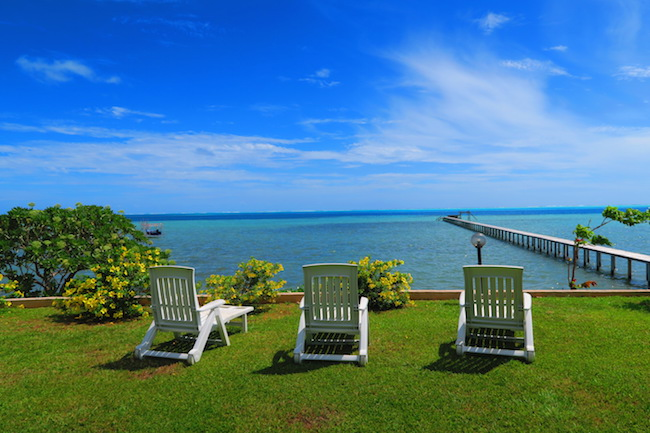 Pension Tautiare Village garden and pontoon Maupiti french polynesia
