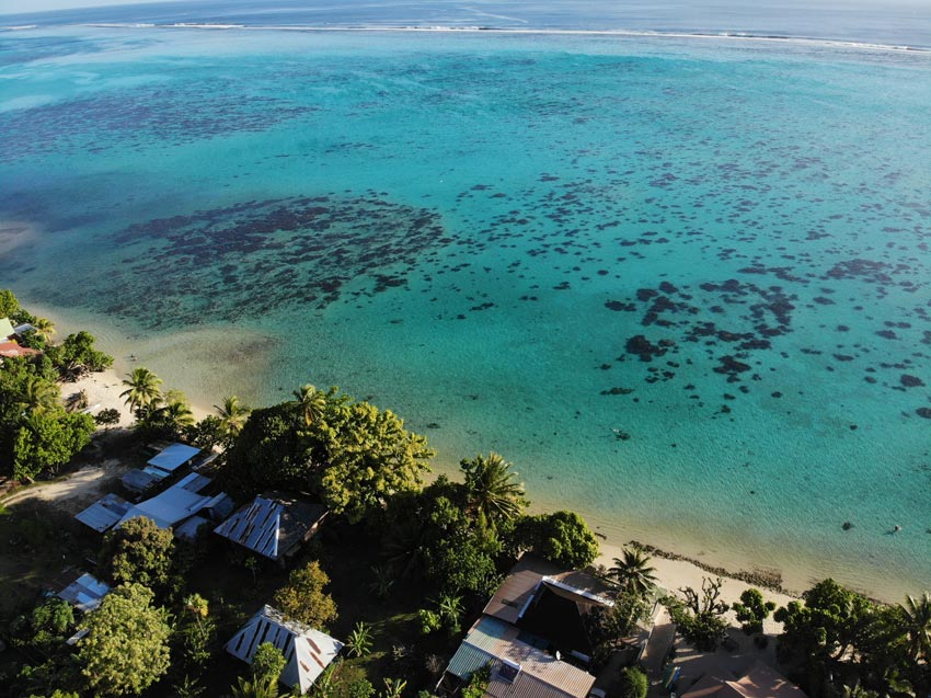 Pension on lagoon where to stay in Moorea - French Polynesia