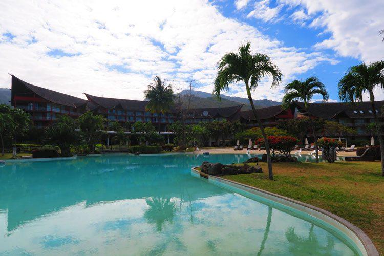 Sofitel Hotel Tahiti Ia Ora Beach Resort - French Polynesia