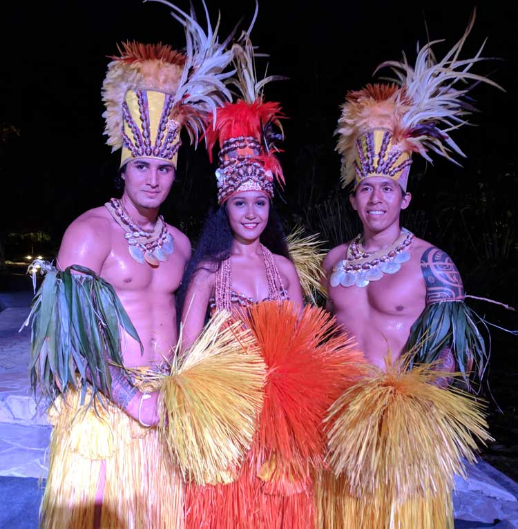 Sofitel Hotel Tahiti Ia Ora Beach Resort - evening Tahitian dance show - French Polynesia