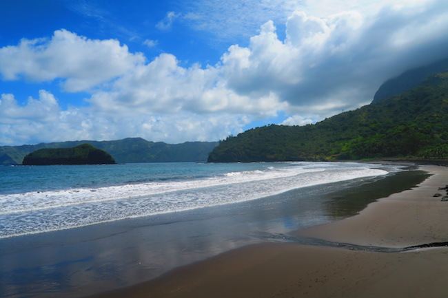 beach in Atuona hiva oa marquesas islands