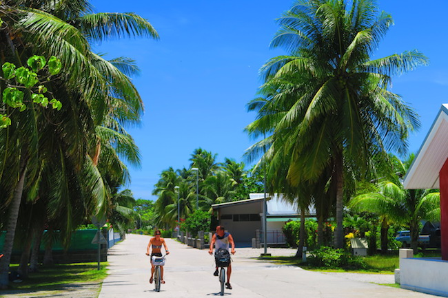 cycling fakarava atoll french polynesia