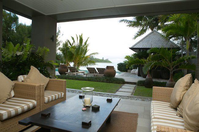 Te Vakaroa luxury villas rarotonga - one bedroom balcony