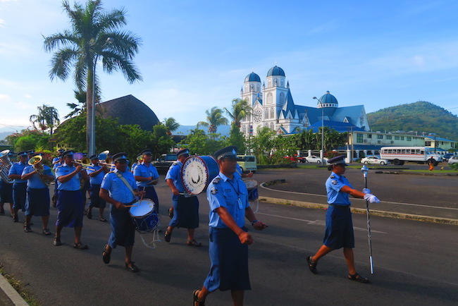 Samoa police band marching in apia