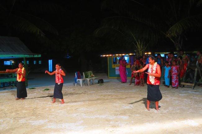 Traditional Samoan dance at Tanu Beach Fales Savaii Samoa