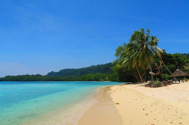 Lonnoc Tropical Beach Santo Island Vanuatu - White Sand