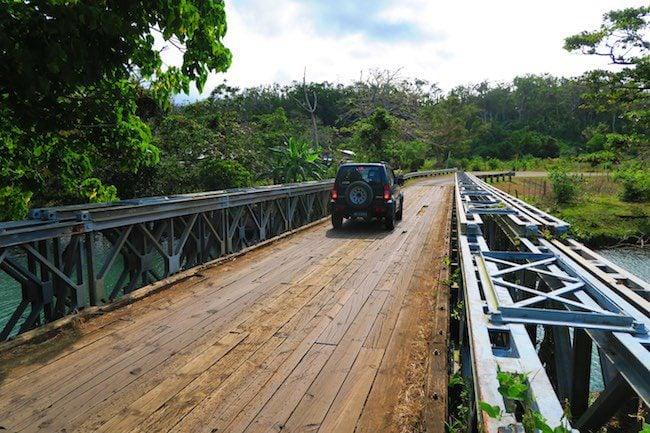 Roadtrip Efate Island Vanuatu - Rover Crossing