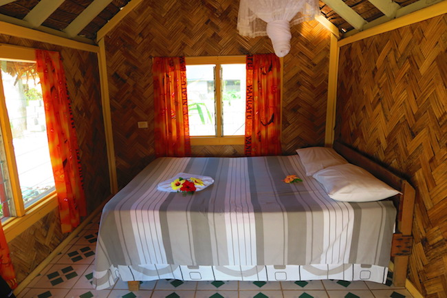Tanna Evergreen Resort In Vanuatu - Budget Bungalow