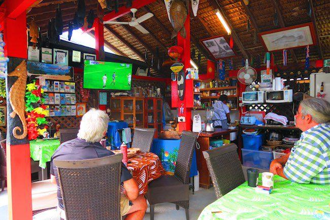 Traveller's Budget Motel Port Vila Vanuatu - Kitchen