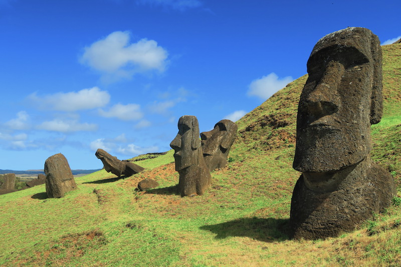 Rano Raraku - Moai quarry - Easter Island