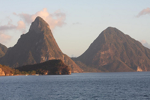 st-lucia-pitons-area