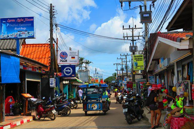 ban-sala-dan-ko-lanta-thailand