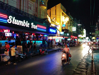 bangkok-nightlife-in-sukhumvit