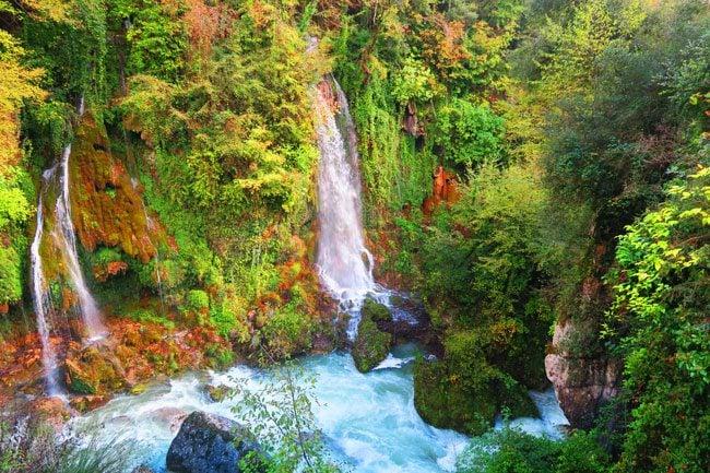 cascade-saut-du-loup-waterfall