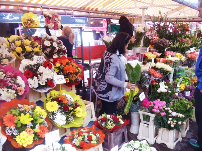 cours-saleya-flower-market-in-nice