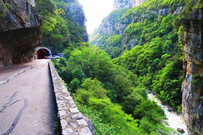 gorge-de-loup-scenic-road