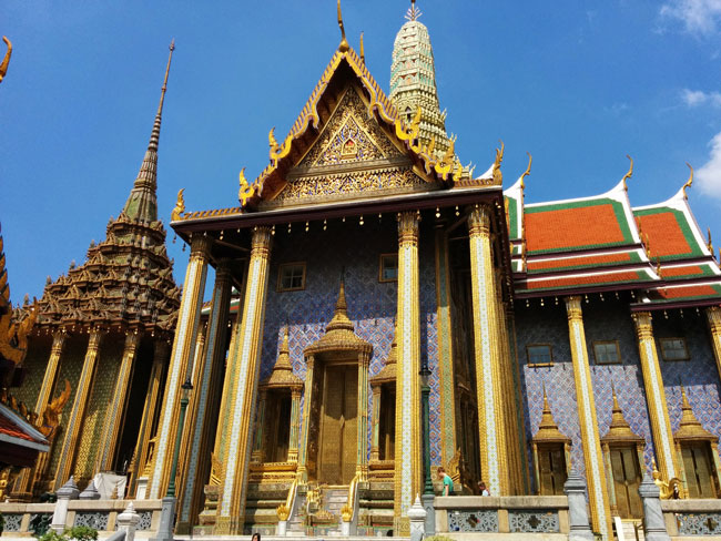 grand-palace-bangkok-wat-phra-kaeo