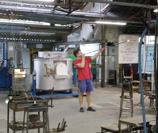 la-verrerie-de-biot-glass-making