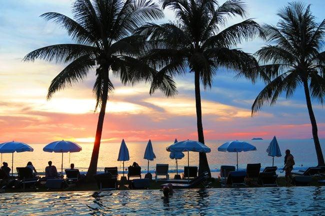 lanta-casuarina-beach-resort-ko-lanta-thailand-swimming-pool