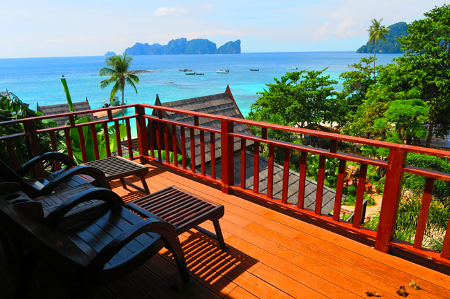 phi-phi-the-beach-resort-ko-phi-phi-balcony