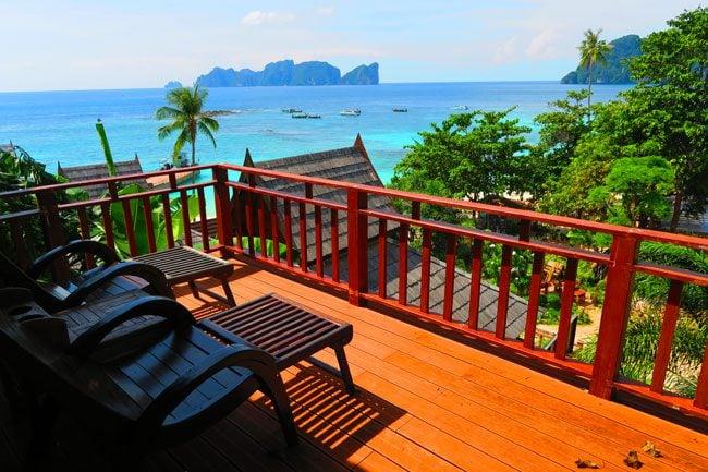 phi-phi-the-beach-resort-ko-phi-phi-balcony