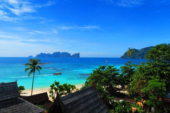 phi-phi-the-beach-resort-ko-phi-phi-view-from-balcony