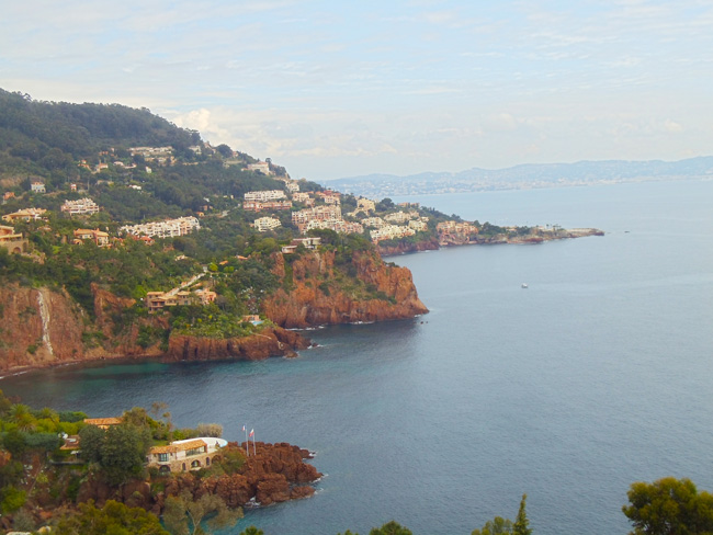 pointe-de-lesquillon-french-riviera