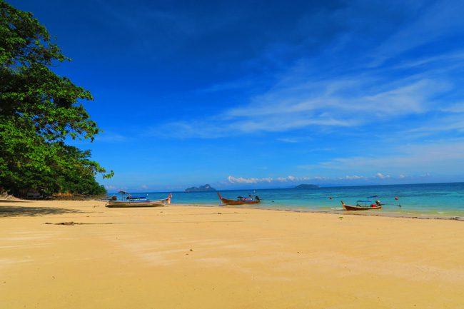 rantee-beach-ko-phi-phi-thailand