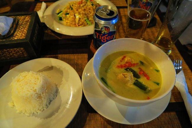 thai-green-curry-soup-ko-phi-phi-thailand