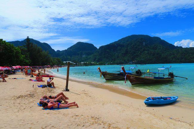 ton-sai-village-beach-ko-phi-phi