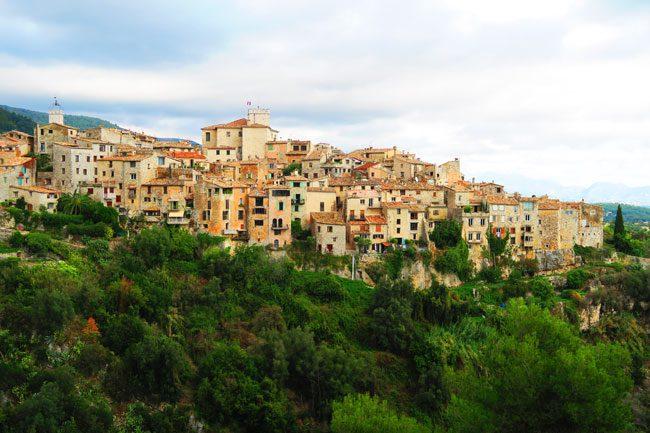 tourrettes-sur-loup-perched-village