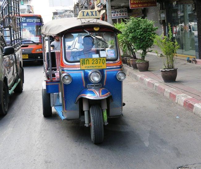 tuk-tuk-in-bangkok