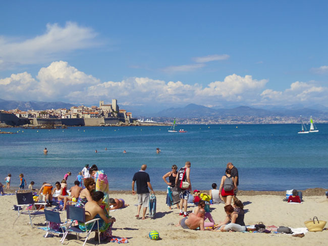view-of-antibes-plage-de-la-salis-beach