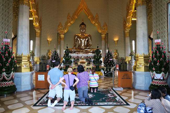 wat-traimit-golden-buddha-temple-bangkok