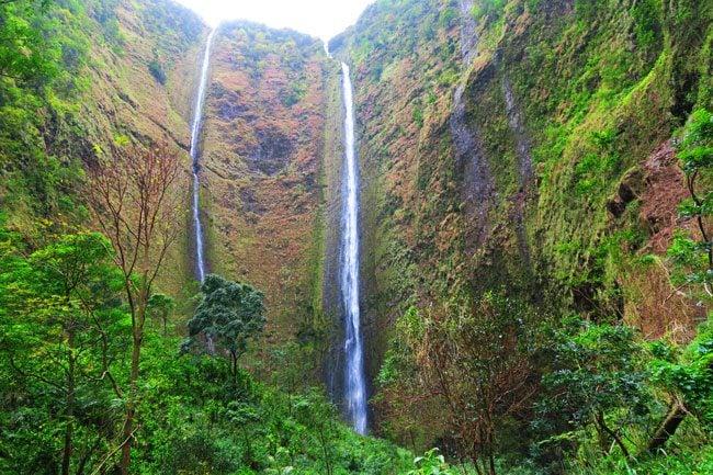 Hi'ilawe Waterfalls - Waipio Valley Big Island Hawaii
