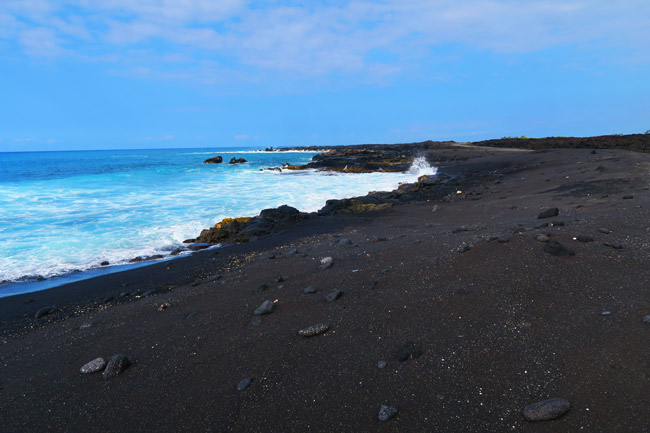 Makolea Black Sand Beach - Big Island Hawaii