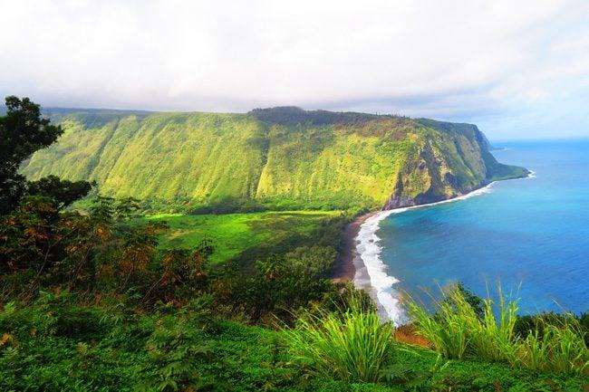 Waipio Valley Lookout - Big Island Hawaii