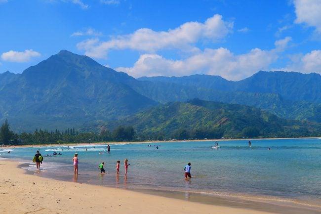 Hanalei Bay Beach - Kauai - Hawaii