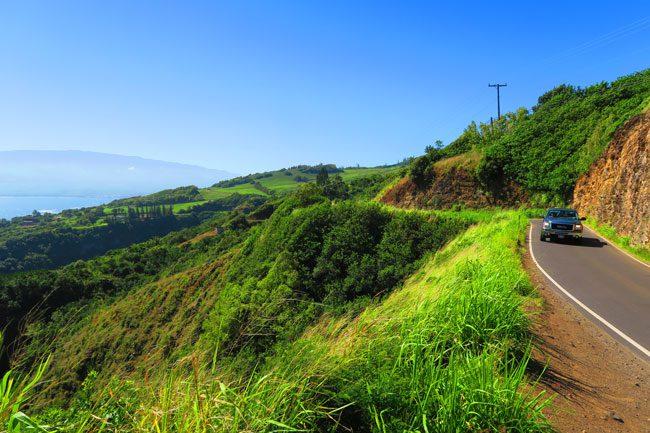 Scenic drive northwest Maui
