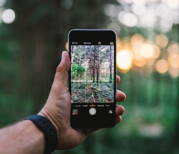 Smartphones for Travelers: What To Look For?