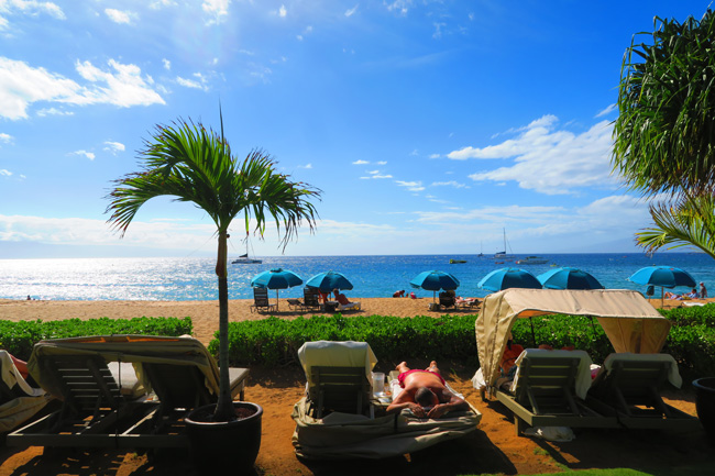 Kaanapali Beach - Maui - Hawaii - beach beds