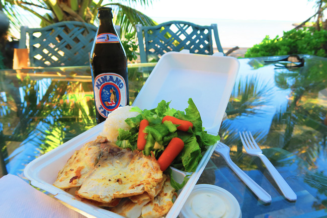 Mana'e Goods & Grindz - Molokai - Hawaii