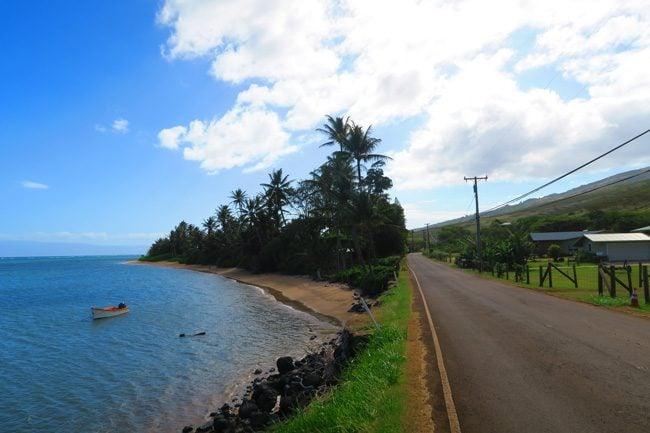 Molokai scenic coastal road - Hawaii