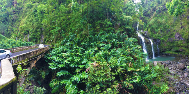 Scenic Hana Highway - Three Bears Falls - Mui - Hawaii - Panoramic View