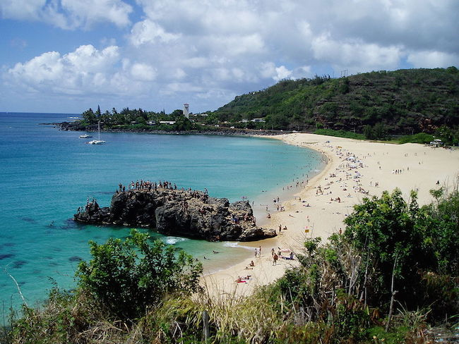 Waimea Bay Beach - Oahu - Hawaii - Travisthurston