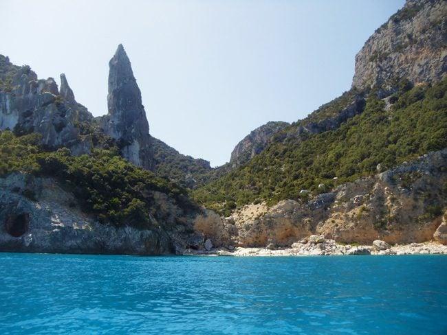 Cala Goloritze - Sardinia Beach - Limestone Pillar