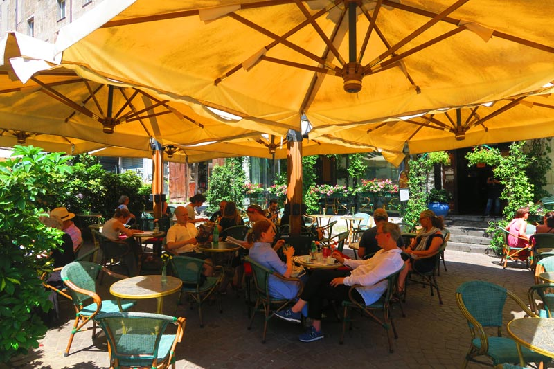 Cafe in Piazza Bellini Naples