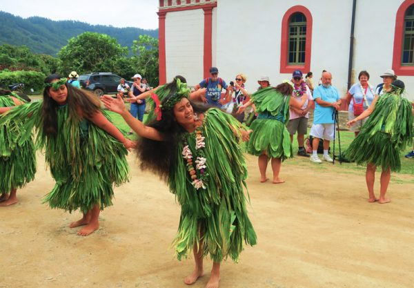 Mangarevan Dance - Rikitea Mangareva - Gambier Islands - French Polyensia