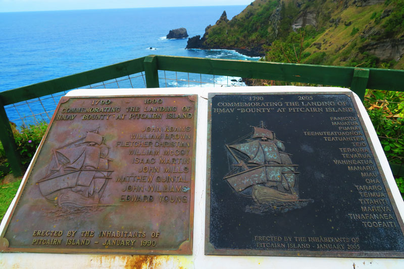Plaque commemorating bounty mutineers and polynesians - Pitcairn Island